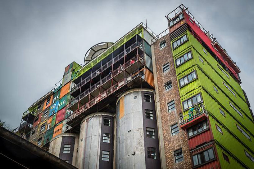 mill-junction-container-residences-overlook-johannesburg-designboom-02.jpg
