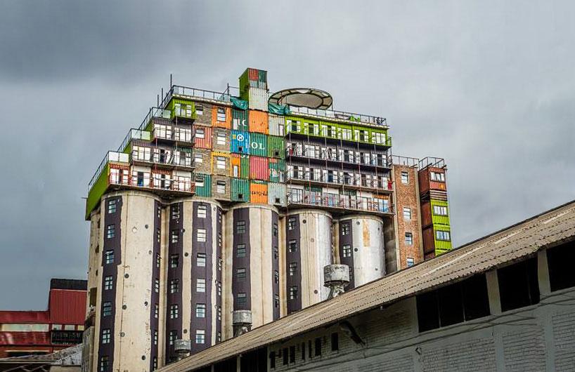 mill-junction-container-residences-overlook-johannesburg-designboom-01.jpg